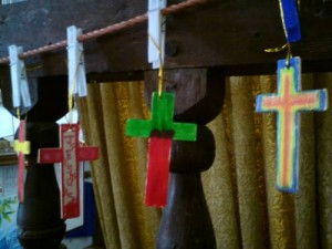 Coloured crosses as an example of 'ExciTe' service aide-memoires